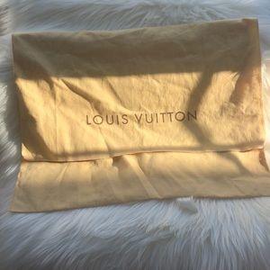 Louis Vuitton dust bag for Purse or bag.